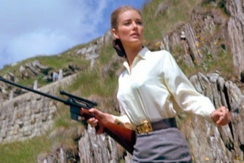 Tania Mallet, Bond girl in 'Goldfinger,' dies aged 77