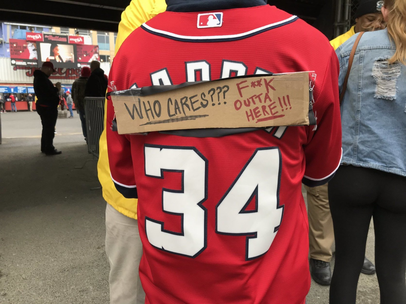 Some of the Nats fans feel jilted. After all, it was only a month ago that he signed with Philly. (WTOP/Michelle Basch)