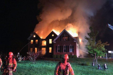 2-alarm Centreville fire displaces family of 5