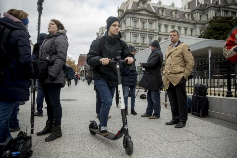 DC could more than double dockless scooters and bikes next year