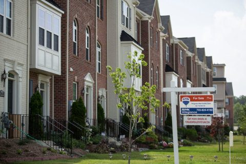 Homes for sale in DC area down 10% from a year ago