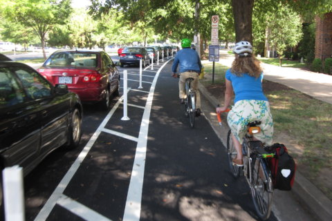 Arlington Co. to encourage biking with safer bike paths, more riding options