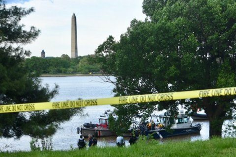 GW Parkway police chase ends in Potomac River plunge