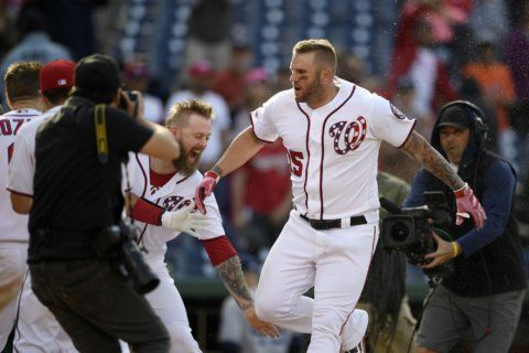 Adams' 11th-inning homer gives Nats 7-6 win over Padres