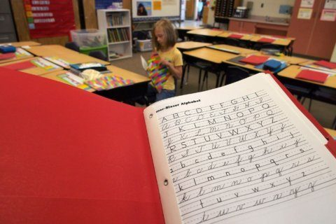 Cursive writing is making a comeback in classrooms in several states