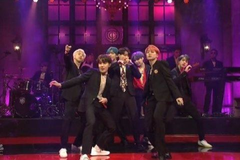 Korean pop group BTS performed on 'SNL' and fans went crazy