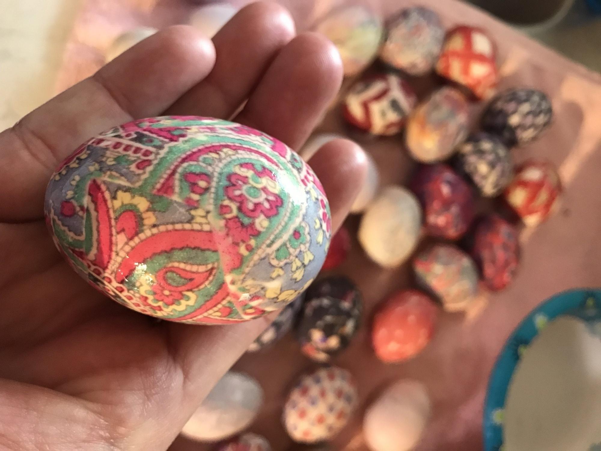 0d5fa2bf4659 VIDEO: Tie-dye eggs   WTOP