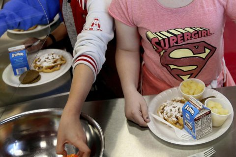 6 states, DC sue over changes to school lunch rules