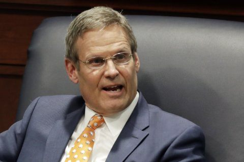 Tennessee governor to allow sports betting without signature