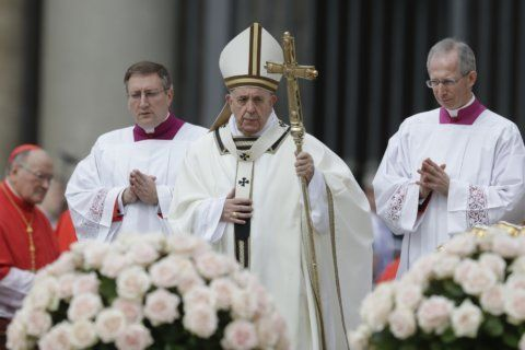 Pope denounces 'cruel violence' of Sri Lanka Easter attack