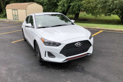 Car Review: 2019 Hyundai Veloster R-Spec is a fun-to-drive 3-door hatch