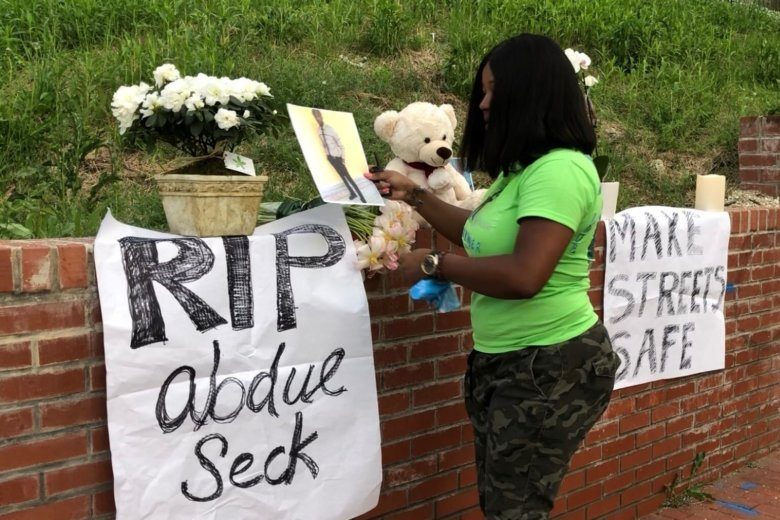 2 DC residents join forces to paint crosswalk after pedestrian's death