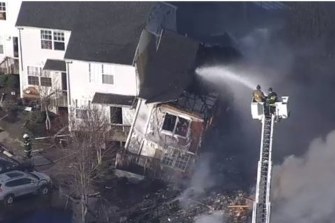 2 killed, nearly a dozen displaced in Calvert Co. house fire