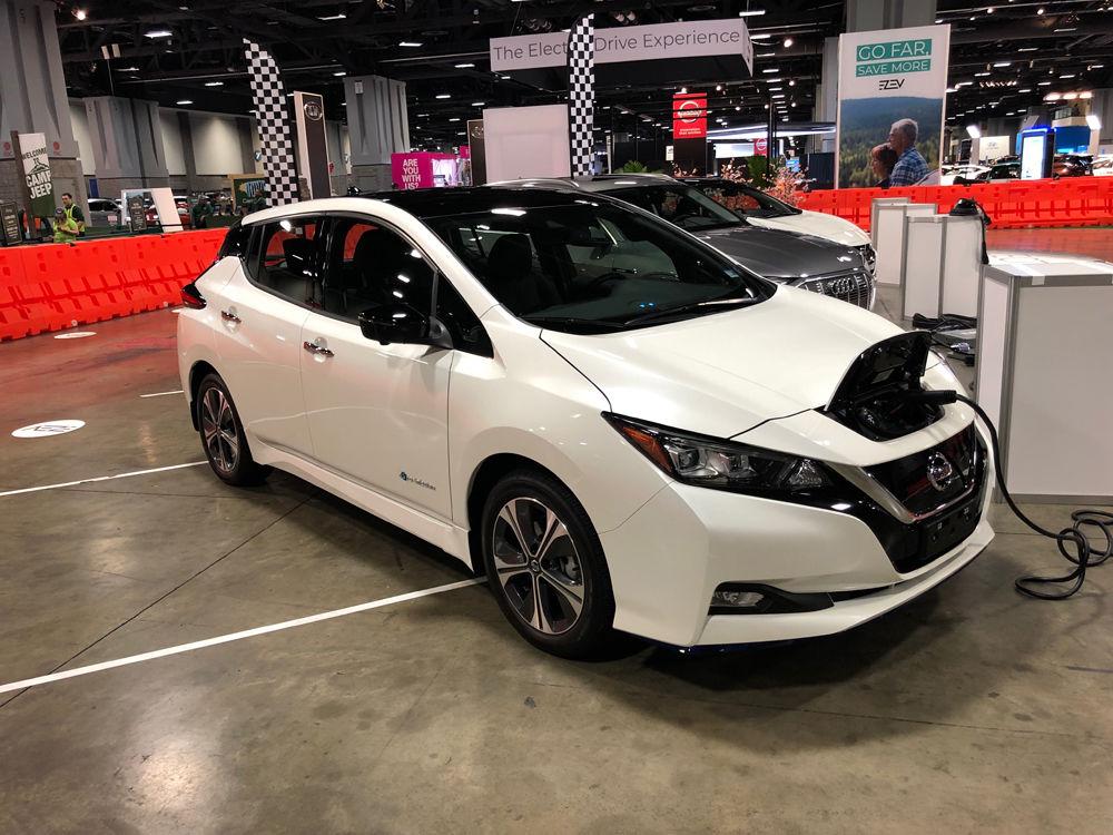 Nissan Leaf (WTOP/John Aaron)