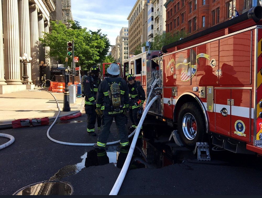 Fire authorities are on the scene of a gas leak on 15th Street, near the White House. (Courtesy D.C. Fire and EMS)