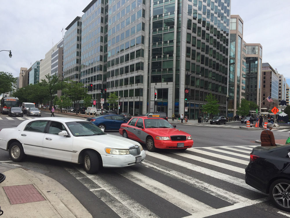 The proposal would also create concrete boundaries to prevent illegal turns. (WTOP/John Domen)