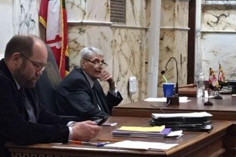 Maryland speaker develops pneumonia after health procedure