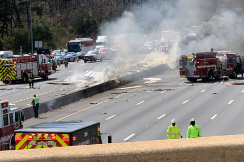 Tractor trailer crash, fire complicates Beltway traffic around Alexandria