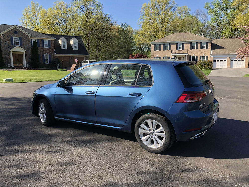 The Golf SE is more conservatively styled. (WTOP/Mike Parris)