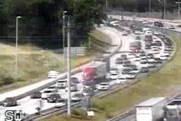Traffic is heavy  in the westbound lanes of I-66 at Exit 53. (Courtesy VDOT)