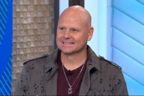 Nik Wallenda will walk across high wire 25 stories above NYC's Times Square