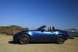 2019 Mazda MX-5 Miata: 1.9% financing for up to 72 months (Courtesy Mazda Motor Corp.)