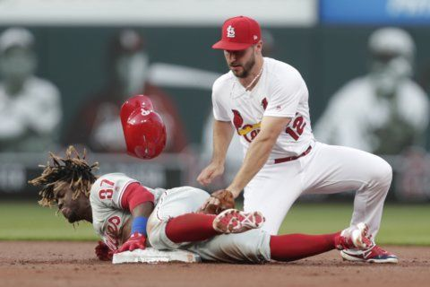 Harper's grand slam keys Phillies' 11-1 rout of Cardinals
