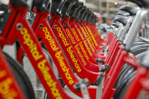 DC residents can hop on a free bike while Metro's struggles continue