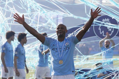 Man City prolongs Liverpool drought by retaining EPL title