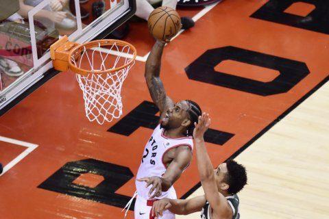 Leonard scores 36, Raptors beat Bucks 118-112 in 2 OTs