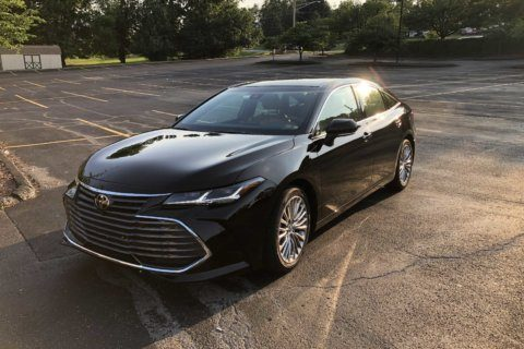Car Review: Toyota remakes the large Avalon sedan adding more luxury for 2019