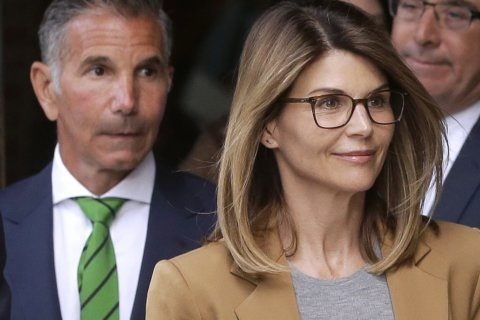 Lori Loughlin and other parents in college admissions scam indicted on new bribery charge