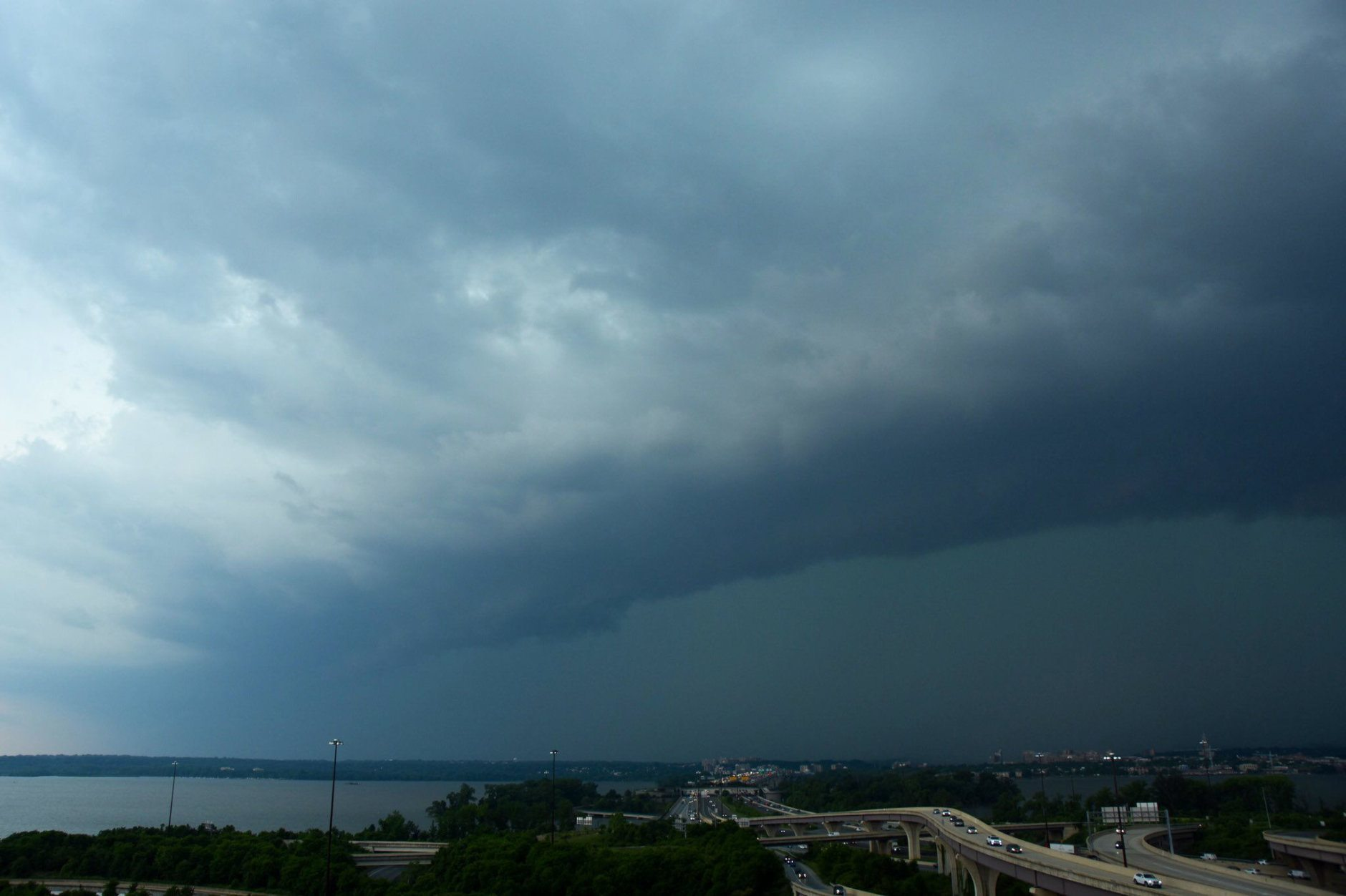 A view of Thursday afternoon's storm from WTOP's Dave Dildine. (WTOP/Dave Dildine)