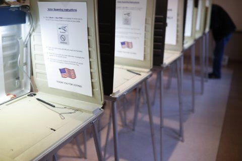 Case of Virginian who wants Maryland voter list is revived