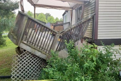 Deck collapse in Germantown, Md., injures at least 2 adults