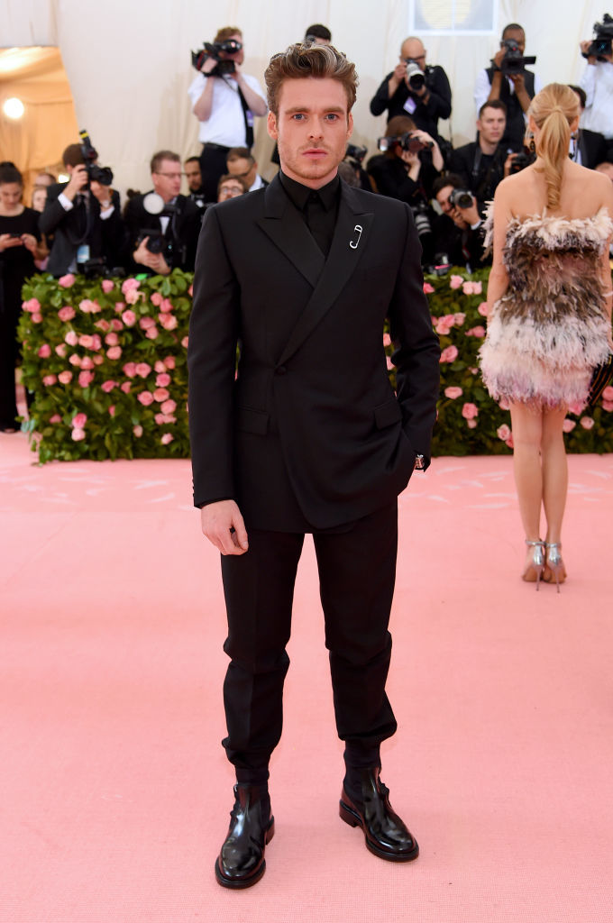 NEW YORK, NEW YORK - MAY 06: Richard Madden attends The 2019 Met Gala Celebrating Camp: Notes on Fashion at Metropolitan Museum of Art on May 06, 2019 in New York City. (Photo by Jamie McCarthy/Getty Images)