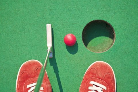 Rosslyn gets pop-up putt-putt course
