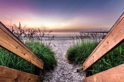 Best beach towns to retire in US