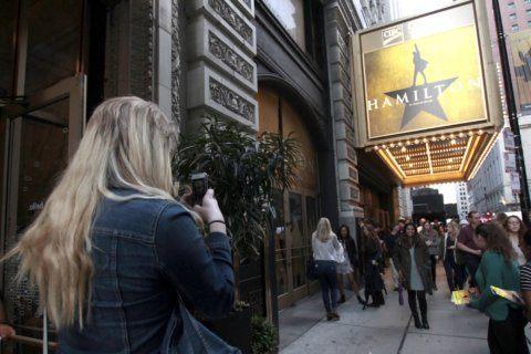 Tony Award-winning 'Hamilton' ending Chicago run in January