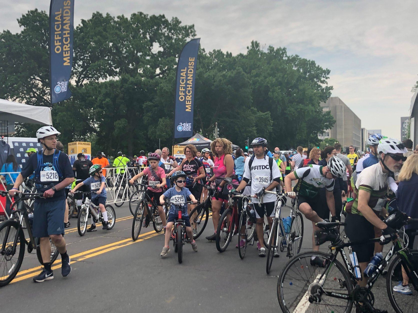 People are eager to explore the city on bikes without the hassle of city traffic to slow them down. (WTOP/Melissa Howell)