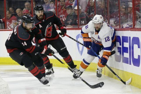 Hurricanes sweep Islanders with 5-2 victory in Game 4