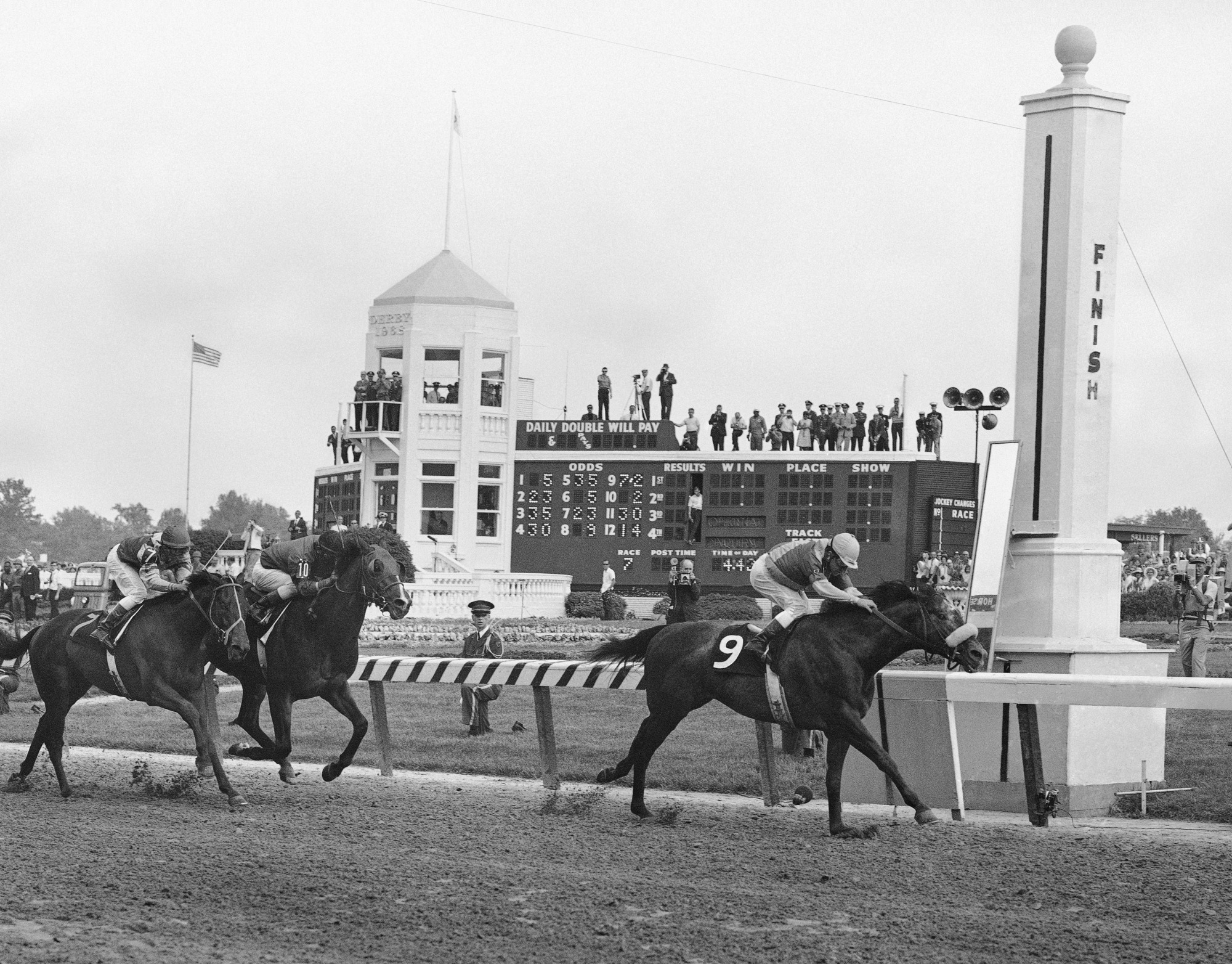 Initial Kentucky Derby DQ Led To Failed 4-year Legal