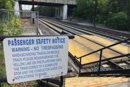 train tracks in Odenton