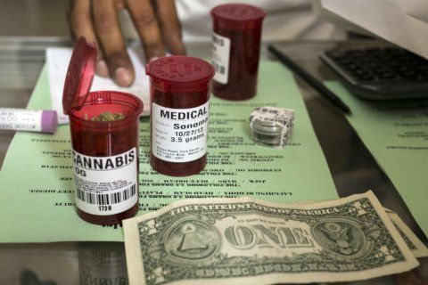 Attorneys general from 33 states urge pot banking reform