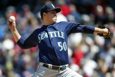 Rookie Swanson gets first win, Mariners blast Indians 10-0