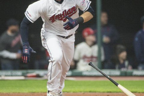 Naquin's pinch-hit single in 9th lifts Indians past Mariners