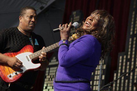 Motown legend has Alabama lawmakers 'Dancing in the Street'
