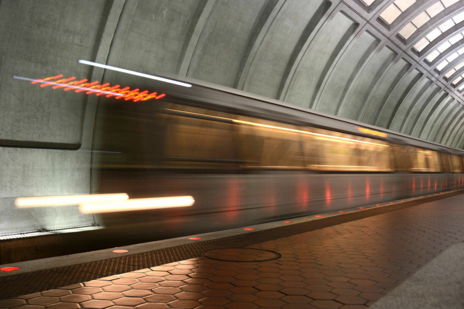 Metro safety reports reveal wrong-way train, man falling onto tracks