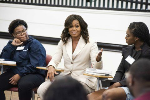 Michelle Obama surprises students to talk about memoir
