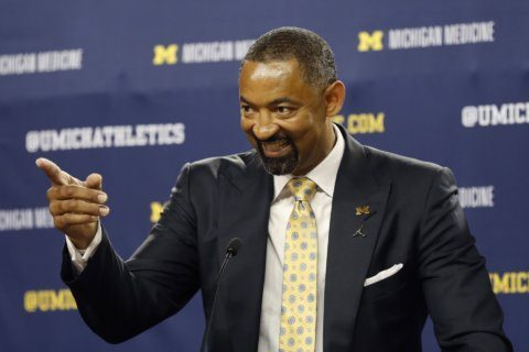 Michigan's Howard becomes latest NBA player to coach college